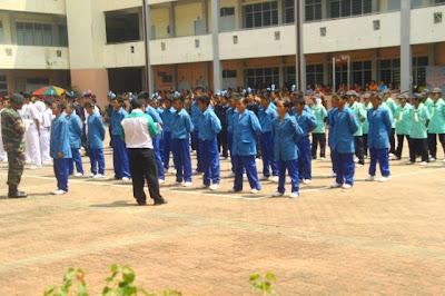Pertandingan Kawad Kaki Unit Beruniform 2013