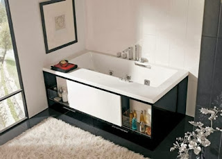 Bathtubs with drawers