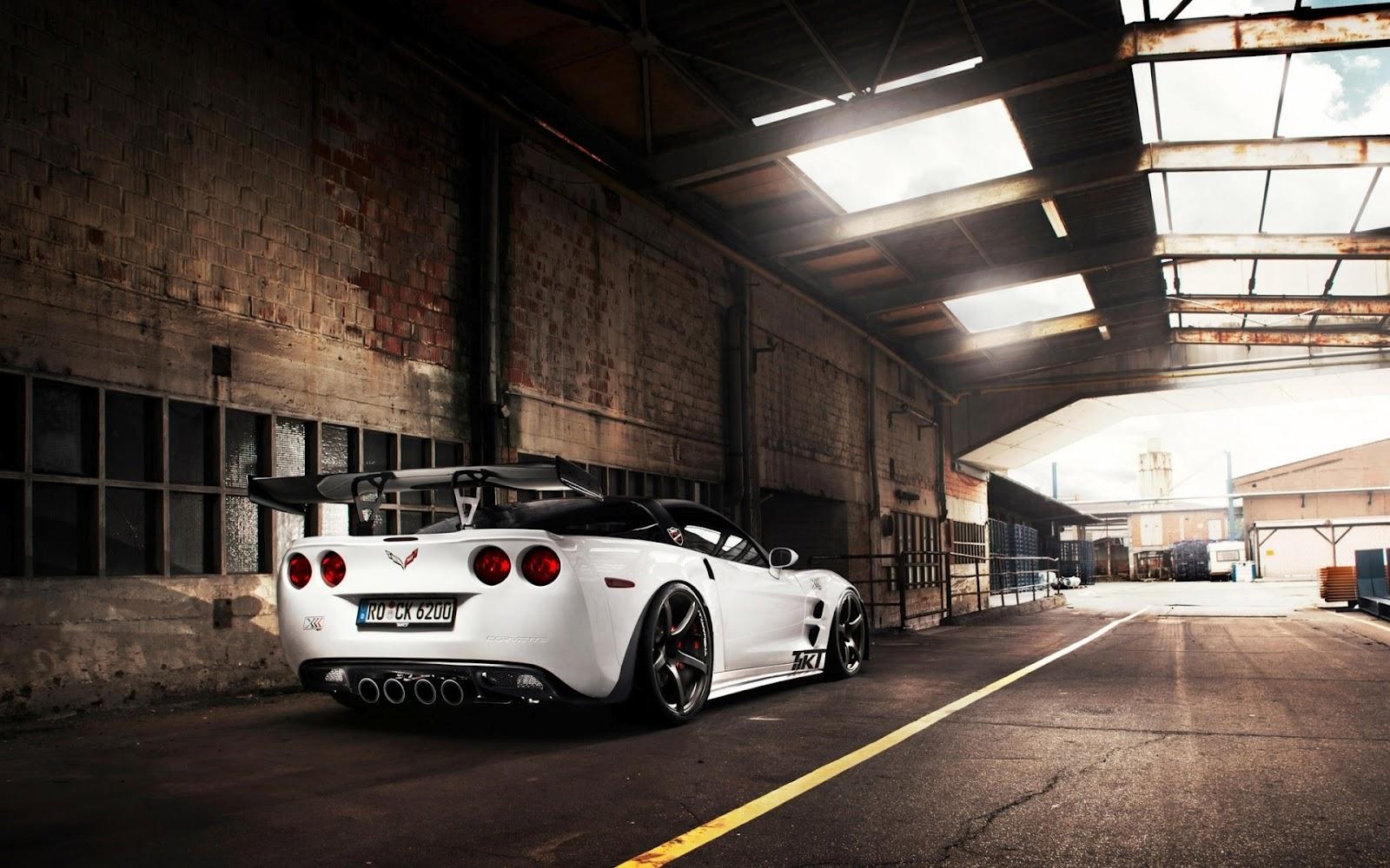http://1.bp.blogspot.com/-P8cyCjc1DiM/T6nNs0eTjEI/AAAAAAAAcZY/WP0lkSpeDHY/s1600/Chevrolet-Corvette-ZR1-White_Wallpapers.jpg