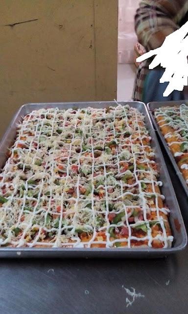 Pizza Gergasi