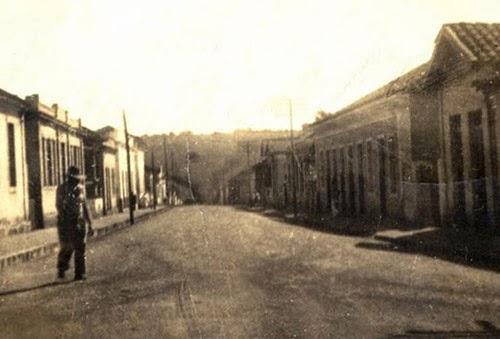 A rua principal no inicio do século XX