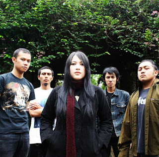 Armored Band Gothic Metal Bandung Indonesia Foto Personil Female Vocal pictures images Wallpaper