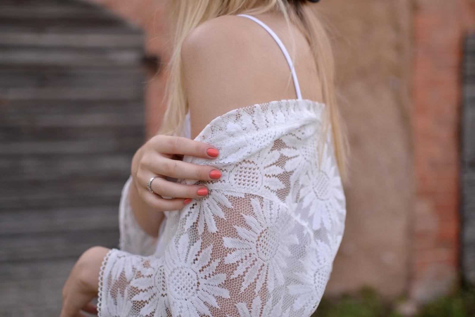Lily Lulu lace kimono
