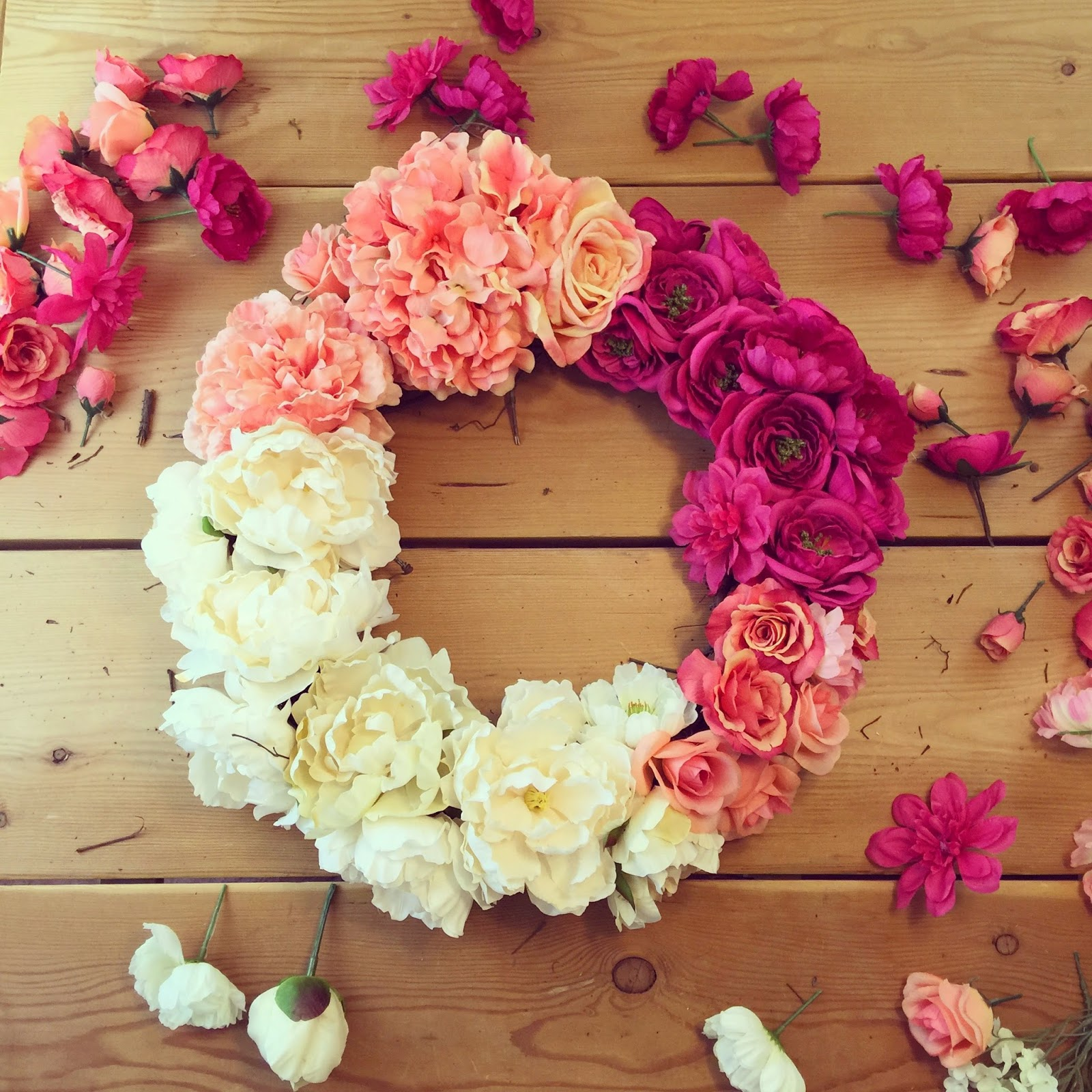 Lisa loves john diy ombre flower wreath after the front of your wreath is covered continue to glue flowers around the inner and outer sides of the wreath save some of the smaller flowers for the izmirmasajfo Gallery