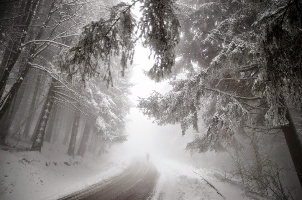 forgalomkorlátozás, Székelyföld, húsvéti-időjárás, időjárás, havazás, hóvihar, közlekedés, Bucsin-tető. Hargita megye, Csíkszereda, Székelyudvarhely,