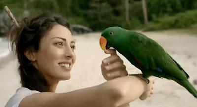 merve-oflaz-molped-ıssız-ada-reklamı-röportaj