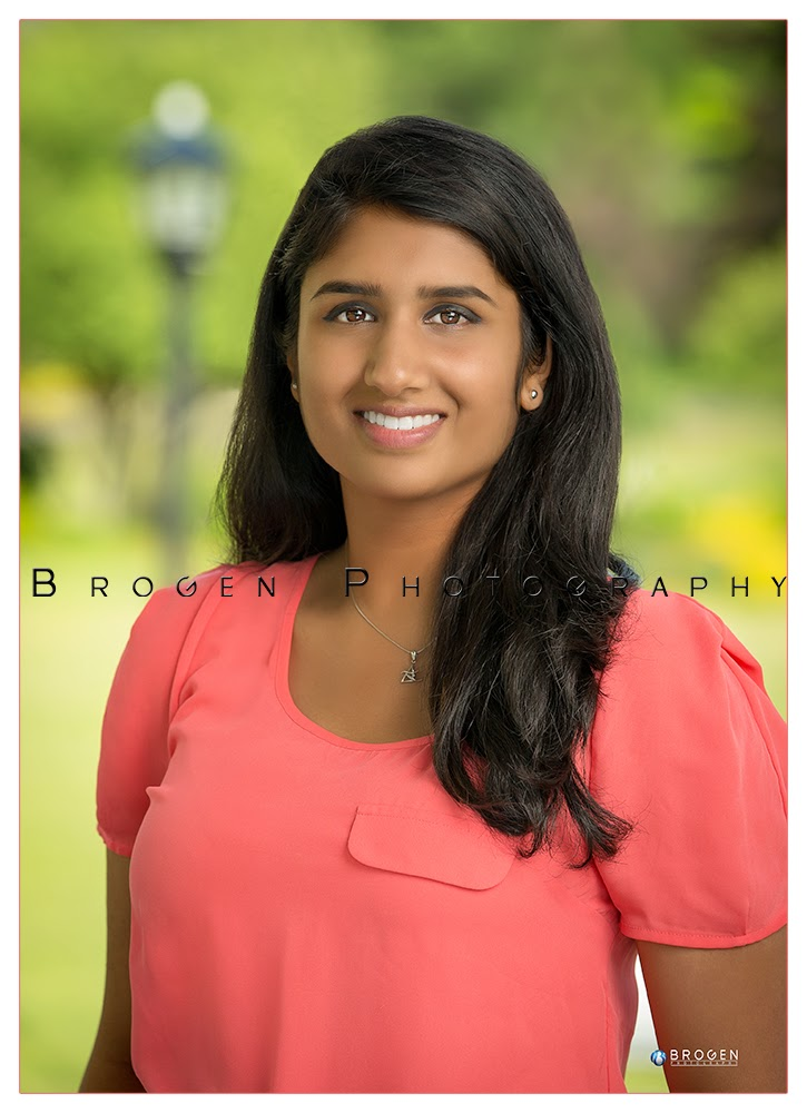 Family Portraits, Childrens Portraits, Senior Portraits, Portfolio, Headshots, Executive Portratits, Business Portraits