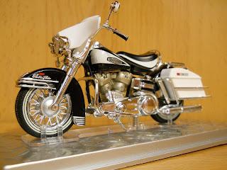 maquetismo de motos a escala 1/24