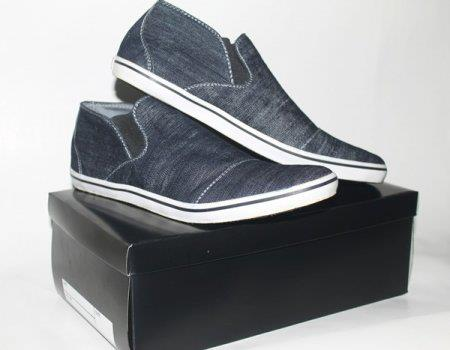 Sepatu Vans Slip On 01