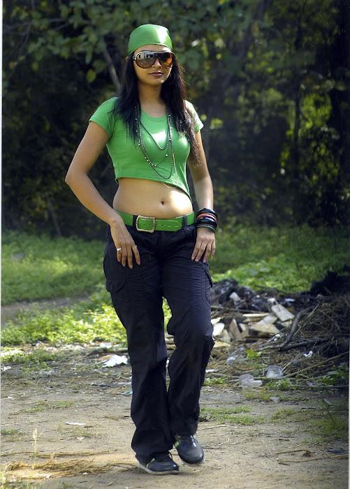 pooja sahu from daiyyam undha movie, pooja hot photoshoot
