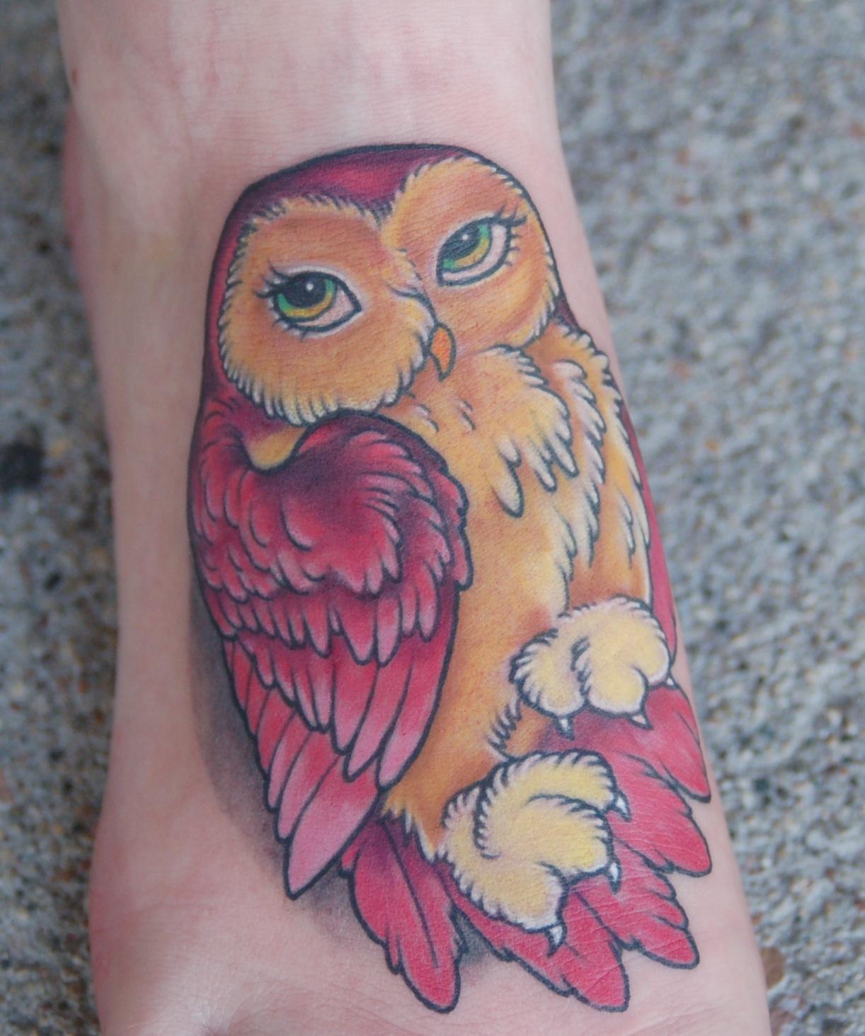 http://1.bp.blogspot.com/-PAXplyTCwDU/TfRGBb0FgFI/AAAAAAAAC24/8HmTX9apCWo/s1600/pink_owl_tattoo.jpg