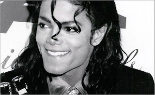 Photo-MJ-Bad-Era-5-Smile-Micheal-Jackson.jpg