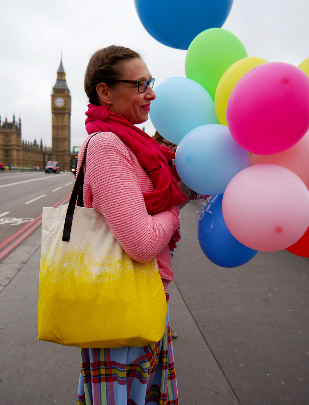 Blogtacualr, photowalk, West Elm Photowalk, London, london style, blogger style, colour, balloons, bloggers, #blogtacular, #westelmlondonscenes, West Elm London Scenes, Big Ben