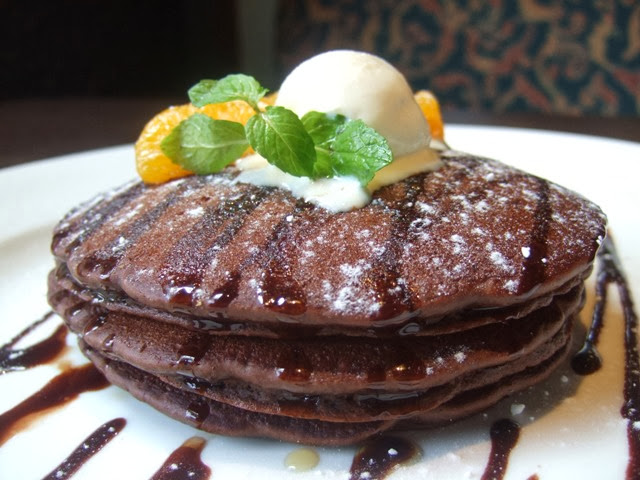ITALIANNIS Breakfast Chocolate Pancakes