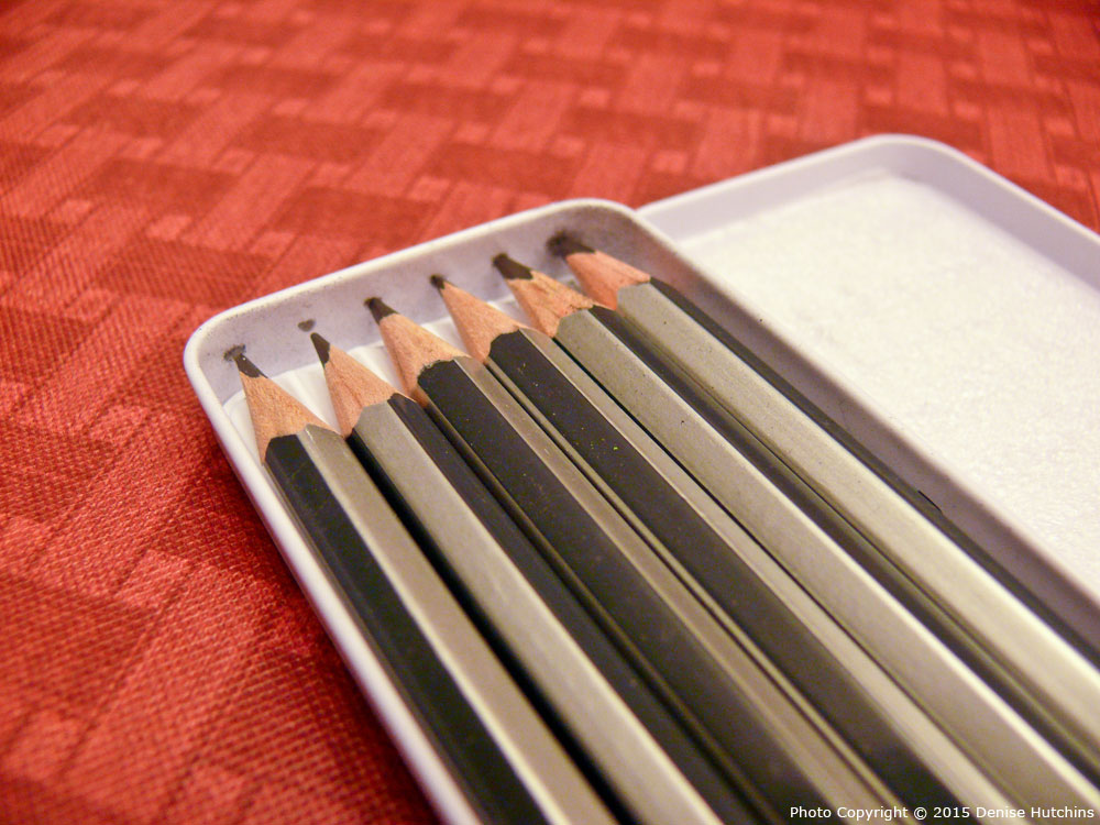 Pentalic 6 Drawing Pencil Set, Focus on Tips