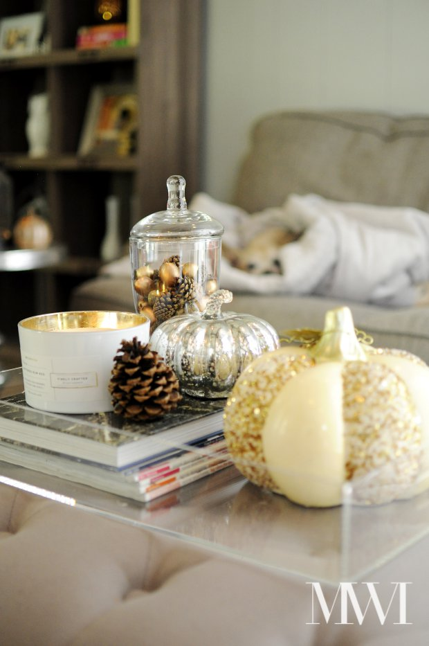 This fall home tour is filled with coral, gold and leopard print for a modern, chic take on fall decor. Lots of fabulous and affordable ideas that are easy to implement in any space.