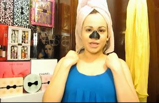 Máscara de caseira para remover cravos e espinhas