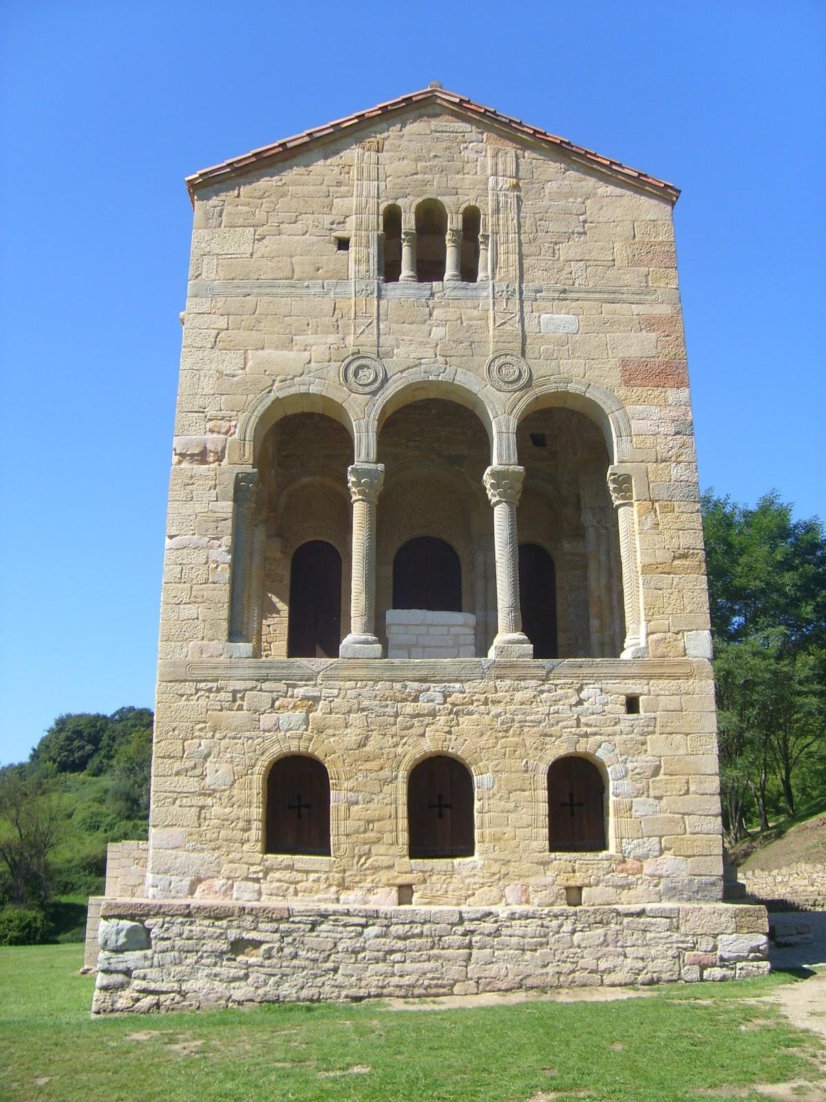Unos amigos de Paradores: Santa María del Naranco y San Miguel de Lillo
