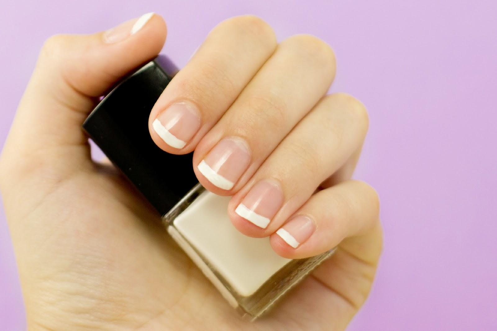 Маникюр на коротких ногтях для школы фото