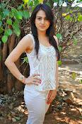 Aksha pardasany glamorous photos-thumbnail-11