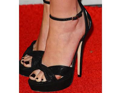 1205 07 party nails black nail polish li jpg