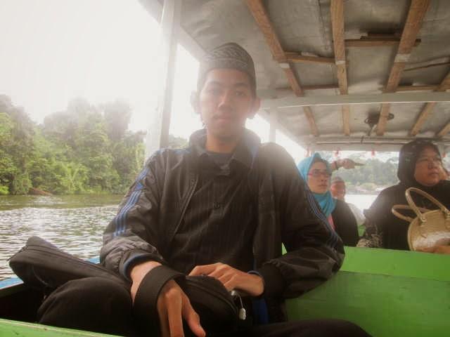 Naik Perahu di Situ Lengkong Panjalu - Ciamis