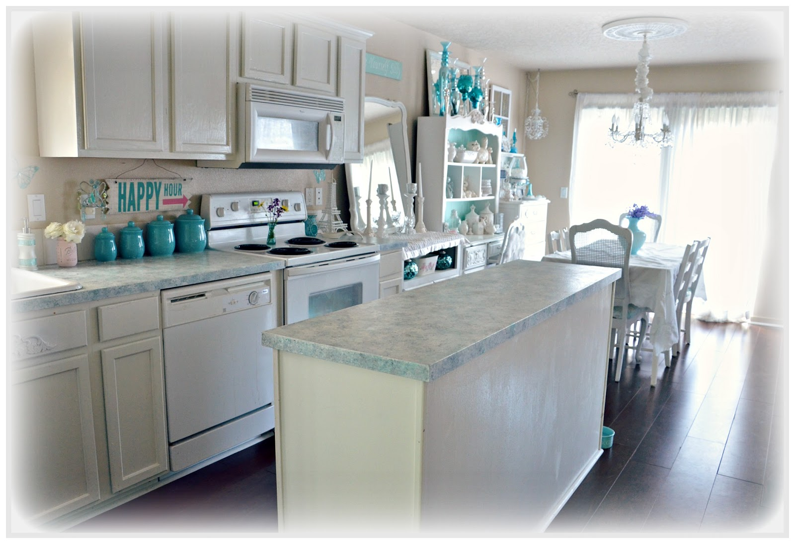 Countertop Paint Problems : ... So Shabby - Shabby Chic: Giani Granite Countertop Paint One Year Later
