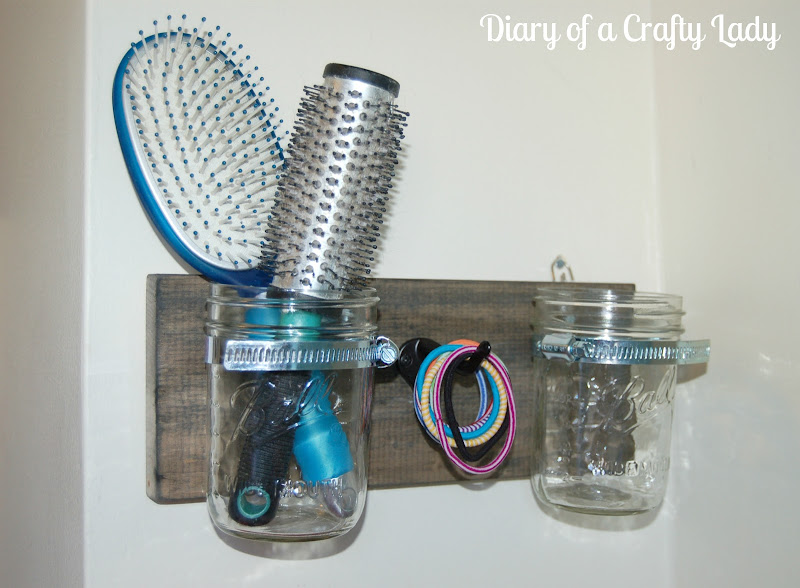 Enter my brilliant idea: a Mason Jar Holder, just for the brushes! title=