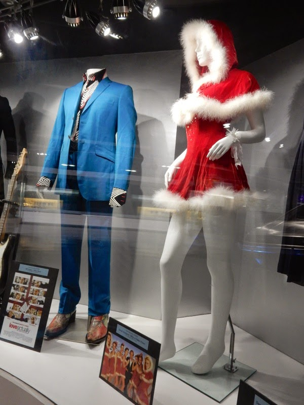 Love Actually movie costumes