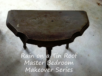 DIY Chalk Paint Table {rainonatinroof.com} #DIY #Chalkpaint #makeover