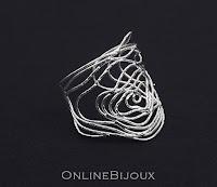 http://www.onlinebijoux.ro/Bijuterii_Handmade/Colectia_OnlineBijoux_Handmade/Bratara_semifixa_handmade_placata_cu_argint_999,5732O490.html#.VjD0CSags4g