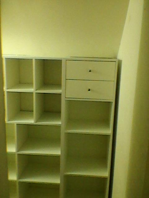 Dise o de muebles gyardesign bajo escalera y pasillo for Mueble pasillo estrecho
