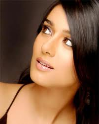Amrita rao first movie and vivah movie wallpapers with shahid