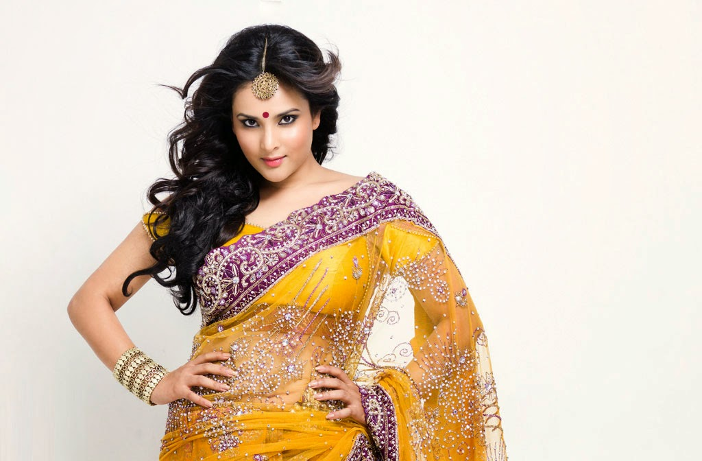 Ramya Divya Spandana Hot Yellow Saree Photo Shoot
