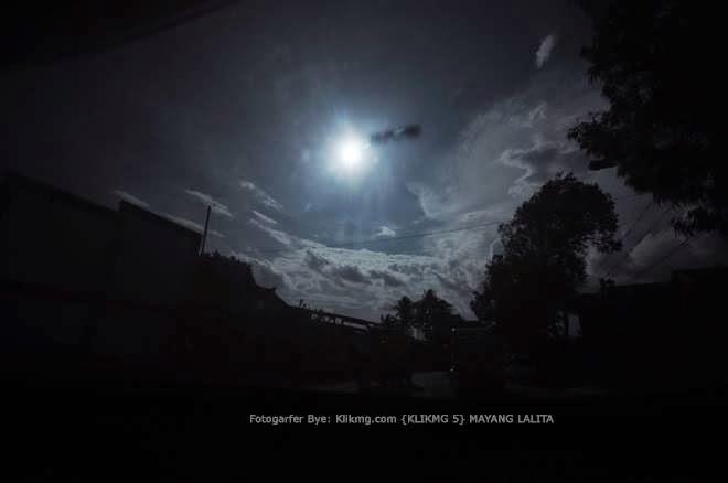Indahnya Temaram Senja Dalam Bingkai Fotoku | Fotografer : Mayang Lalita (10th), Fotografer 5 Klikmg