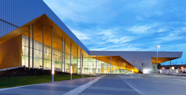01-Commonwealth-Community-Recreation-Center-by-MJMArchitects