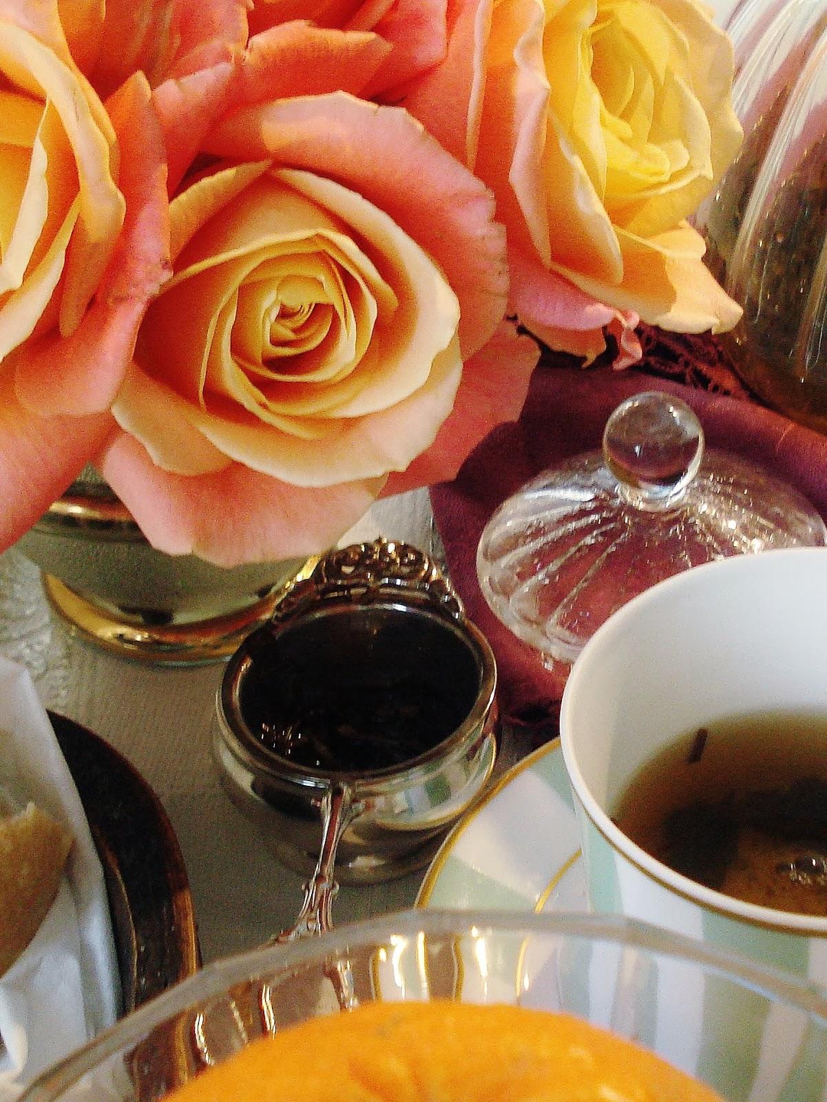 Petit D Jeuner Paris Pr S Des Roses Oranges Breakfast