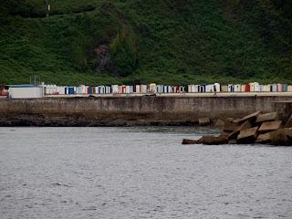 Casetas de la playa de Luarca.