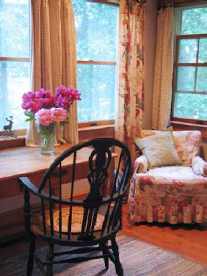 Vintage Style Cottage Furniture