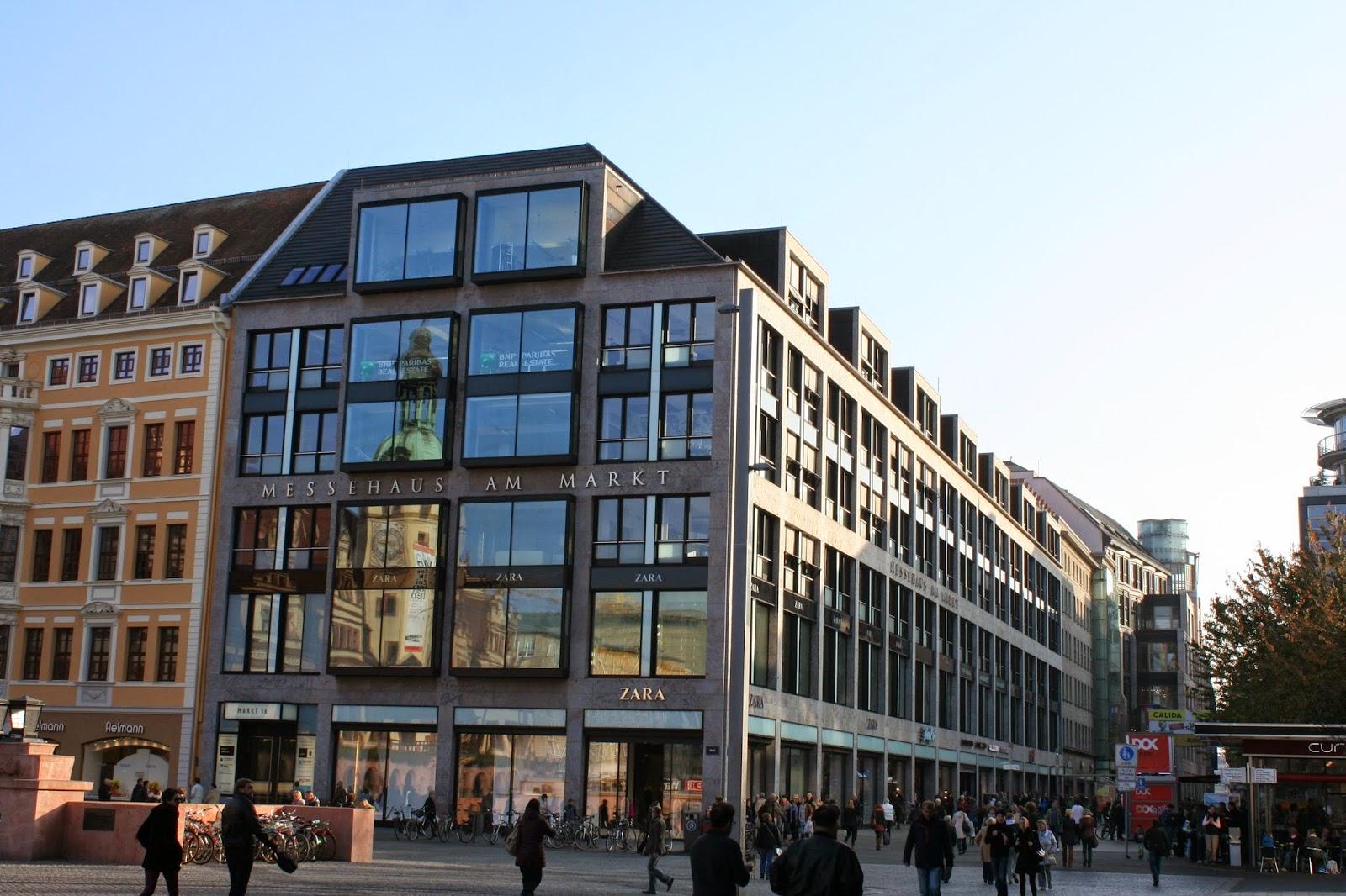 Das neue Messehaus am Markt wurde 1963 als Buchmessehaus eingeweiht