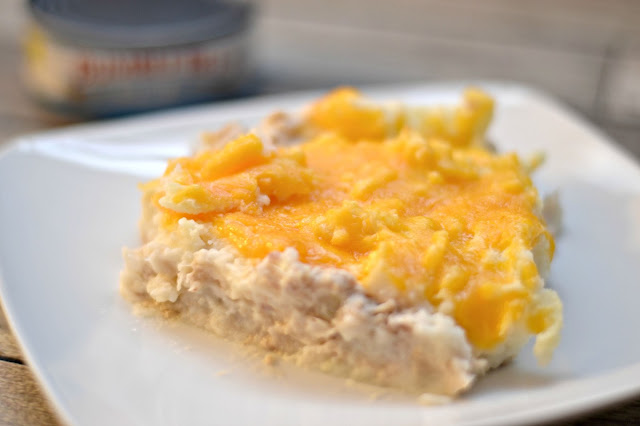 Tuna Pie recipe, Recipes with Tuna, Tuna Noodle casserole, Polish Tuna Pie recipe, easy dinner recipes, family friendly meals.  Easy Meals, Tuna Pie recipes, Tuna Pie