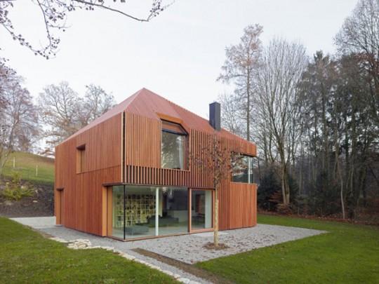Una casa moderna de madera ideas para decorar dise ar y - Casa pequena de madera ...