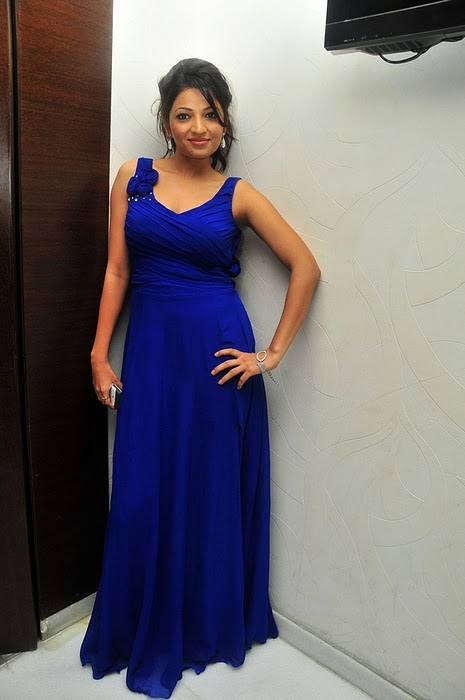 Anusha Jain Upcoming New Telugu Actress Latest Celebrity Photos glamour images