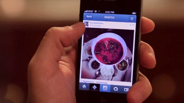 upload a food picture on Instagram social media