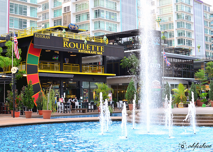 Roulette bar and restaurant