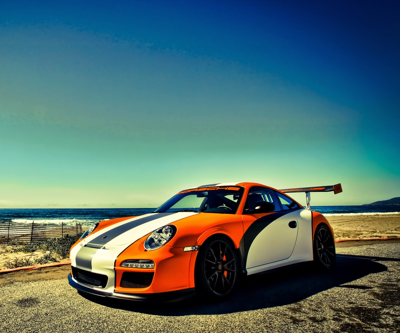 Cars HD Wallpapers For BlackBerry