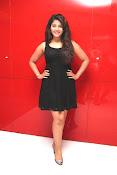 anjali sizzling photos in black-thumbnail-19