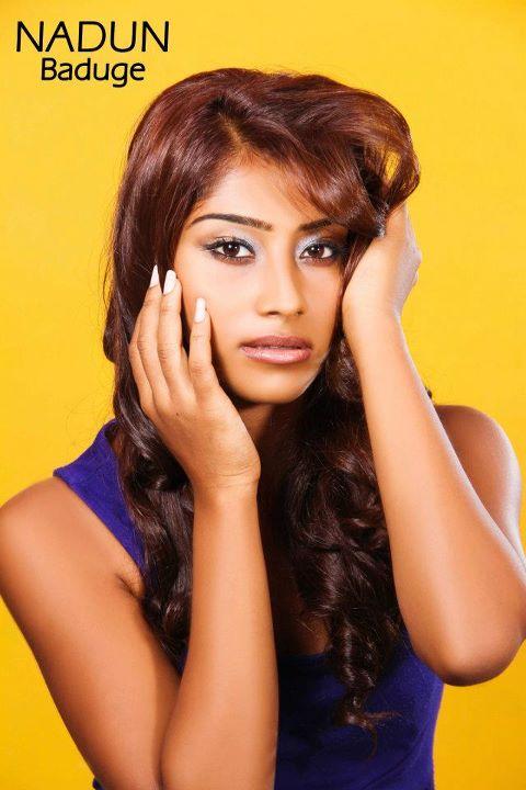anithra basnayake - Anithra%2BBasnayake%2Bwww.sinhalamagazine.com%2B(2)