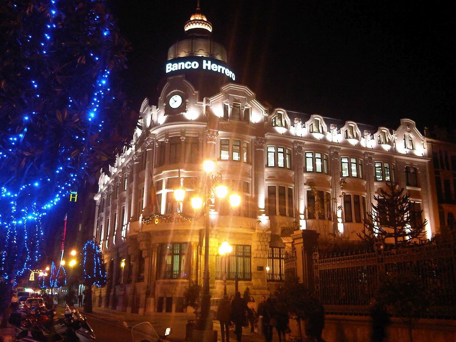 Xxi edici n del premio asturias de arquitectura 2012 for Oficinas banco sabadell oviedo