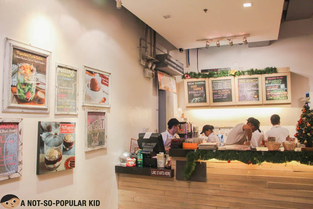 The busy crew of Mad Mark's in Glorietta Branch